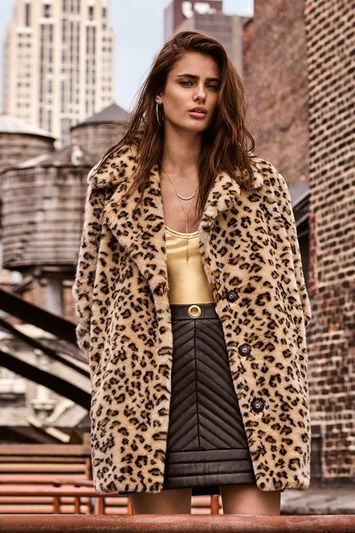 Casual Leopard Faux Fur Coat - collar: standard lapel/rever collar; length: mid thigh; predominant colour: camel; secondary colour: black; occasions: evening, creative work; fit: straight cut (boxy); fibres: acrylic - 100%; style: fur coat; sleeve length: long sleeve; sleeve style: standard; texture group: fur; collar break: medium; pattern type: fabric; pattern size: standard; pattern: animal print; season: a/w 2016; wardrobe: highlight; trends: opulent prints