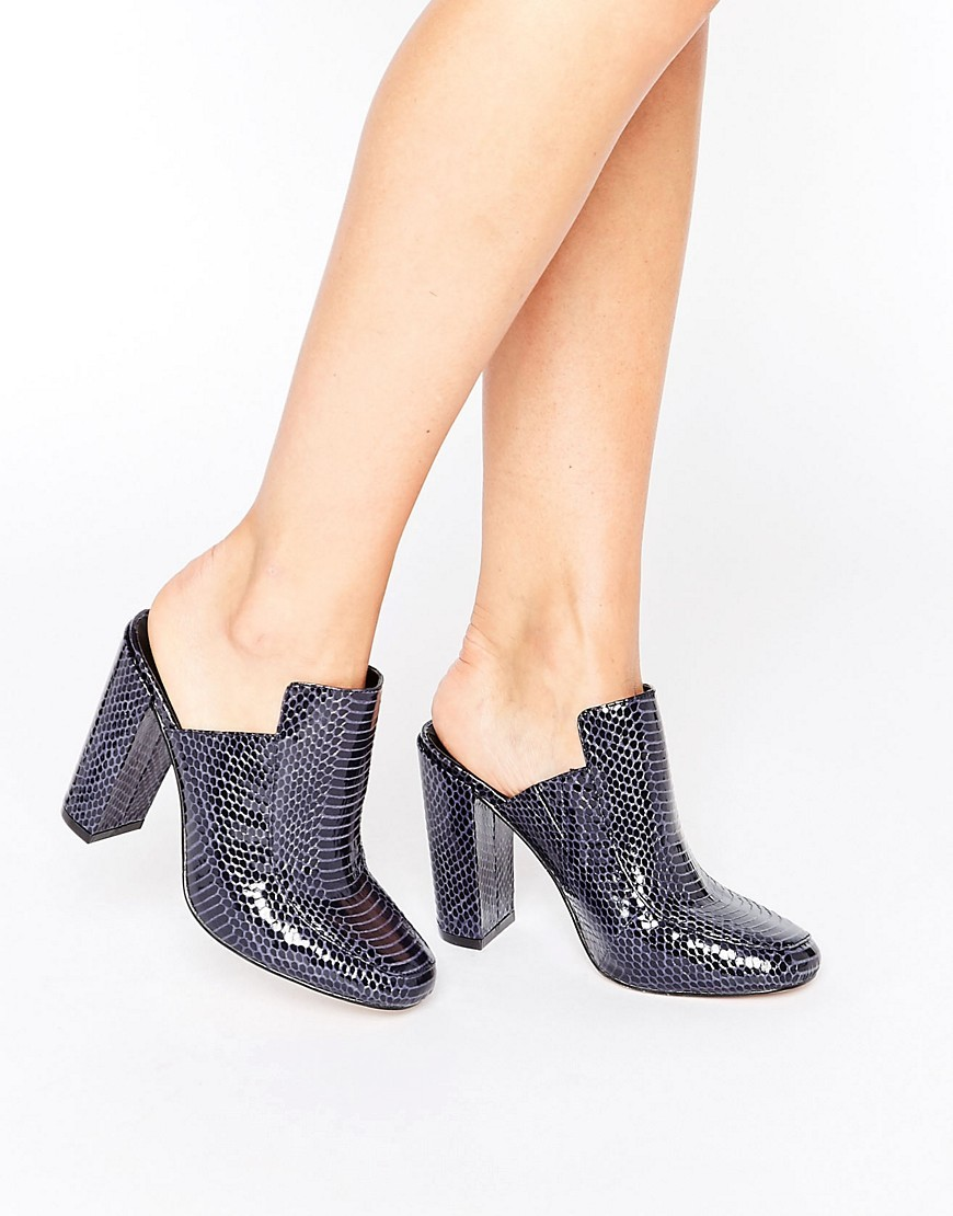 Pie Mules Snake - predominant colour: charcoal; occasions: casual, creative work; material: faux leather; heel height: high; heel: block; toe: round toe; style: mules; finish: patent; pattern: plain; season: a/w 2016