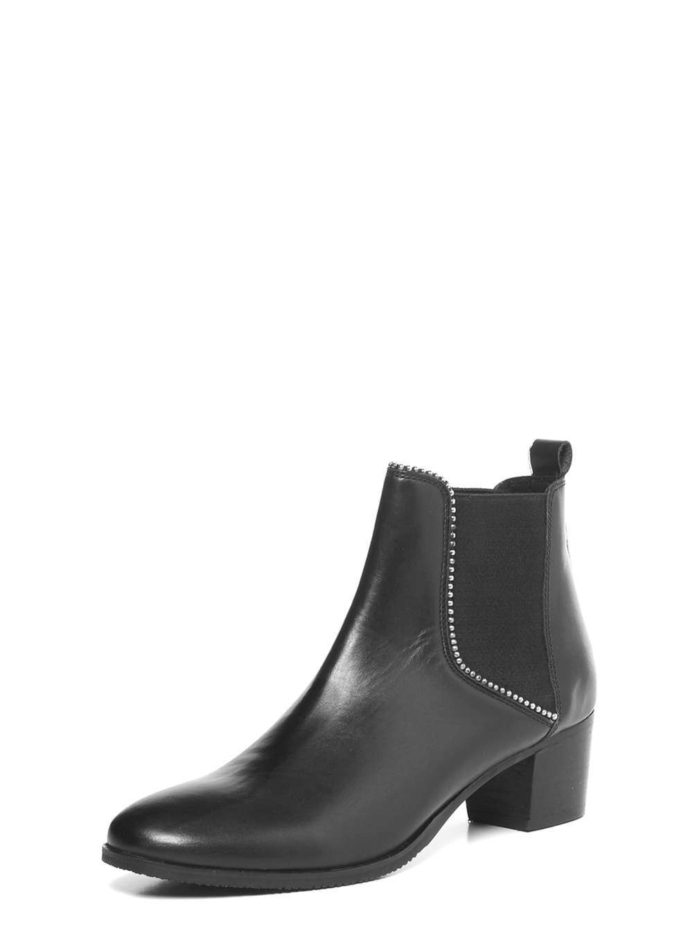 Womens **Ravel Black Ankle Boots Black - predominant colour: black; occasions: casual, creative work; material: leather; heel height: mid; heel: block; toe: round toe; boot length: ankle boot; finish: plain; pattern: plain; style: chelsea; wardrobe: basic; season: a/w 2016