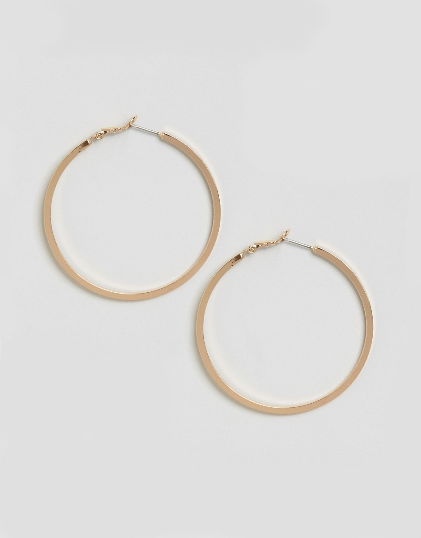 Diana Hoop Earrings Gold - predominant colour: gold; occasions: evening; style: hoop; length: long; size: standard; material: chain/metal; fastening: pierced; finish: metallic; season: a/w 2016; wardrobe: event