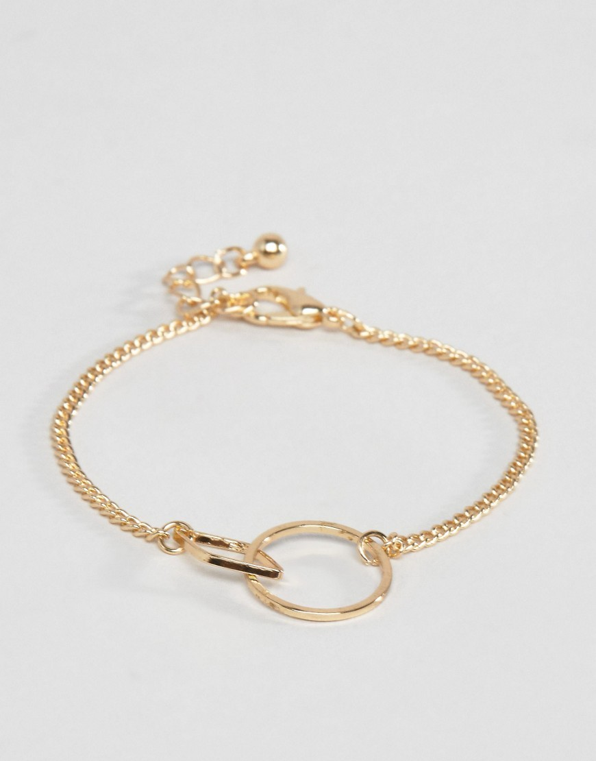 Interlocking Shapes Bracelet Gold - predominant colour: gold; occasions: evening, work; style: chain; size: small/fine; material: chain/metal; finish: metallic; wardrobe: basic; season: a/w 2016