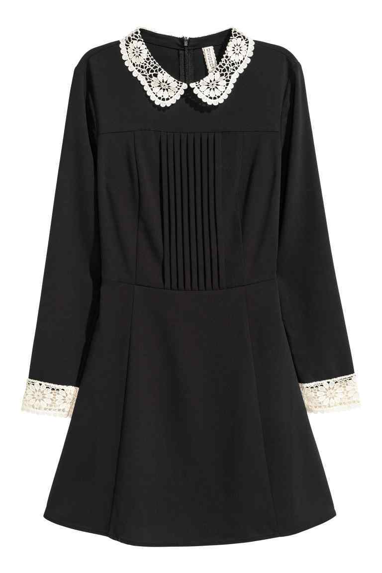 Dress With A Lace Collar - style: shift; length: mid thigh; secondary colour: white; predominant colour: black; occasions: casual, creative work; fit: soft a-line; fibres: polyester/polyamide - 100%; neckline: no opening/shirt collar/peter pan; sleeve length: long sleeve; sleeve style: standard; texture group: crepes; pattern type: fabric; pattern size: light/subtle; pattern: colourblock; season: a/w 2016; wardrobe: highlight