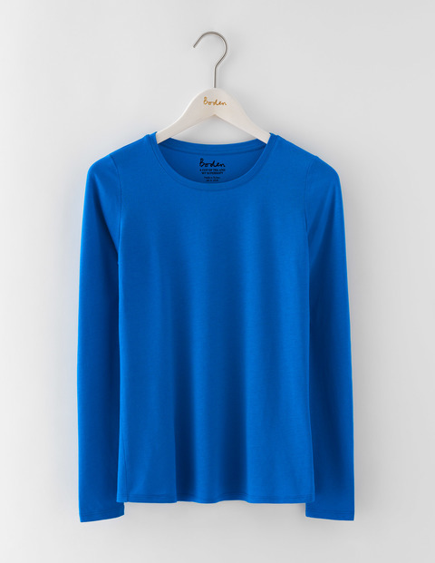 Supersoft Crew Tee Prussian Blue Women, Prussian Blue - pattern: plain; style: t-shirt; predominant colour: royal blue; occasions: casual; length: standard; fibres: cotton - mix; fit: straight cut; neckline: crew; sleeve length: long sleeve; sleeve style: standard; pattern type: fabric; texture group: jersey - stretchy/drapey; season: a/w 2016; wardrobe: highlight