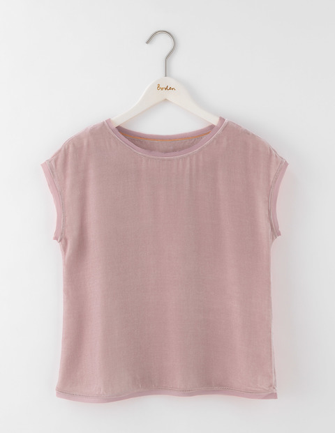 Marcia Top Milkshake Women, Milkshake - pattern: plain; style: t-shirt; predominant colour: blush; occasions: casual; length: standard; fibres: polyester/polyamide - 100%; fit: straight cut; neckline: crew; sleeve length: short sleeve; sleeve style: standard; pattern type: fabric; texture group: jersey - stretchy/drapey; wardrobe: basic; season: a/w 2016