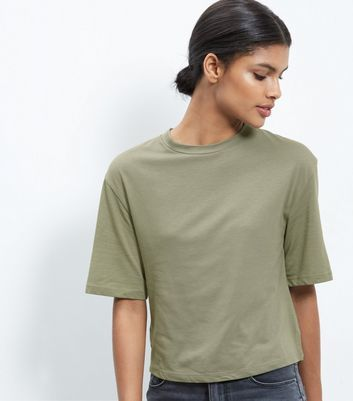Olive Green Wide Sleeve T Shirt - pattern: plain; predominant colour: khaki; occasions: casual; length: standard; style: top; fibres: cotton - mix; fit: straight cut; neckline: crew; back detail: longer hem at back than at front; sleeve length: half sleeve; sleeve style: standard; pattern type: fabric; texture group: jersey - stretchy/drapey; wardrobe: basic; season: a/w 2016