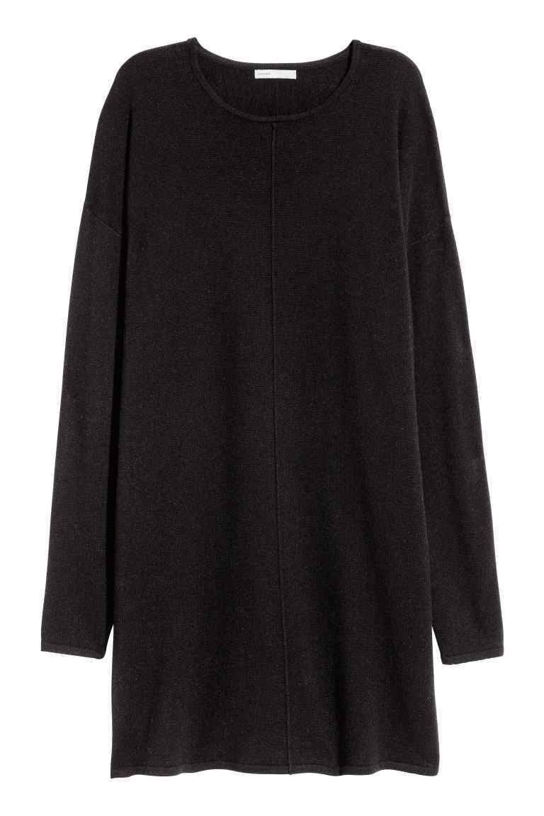 Cashmere Jumper - pattern: plain; style: tunic; predominant colour: black; occasions: casual, creative work; fit: loose; neckline: crew; length: mid thigh; fibres: cashmere - 100%; sleeve length: long sleeve; sleeve style: standard; texture group: knits/crochet; pattern type: knitted - fine stitch; season: a/w 2016