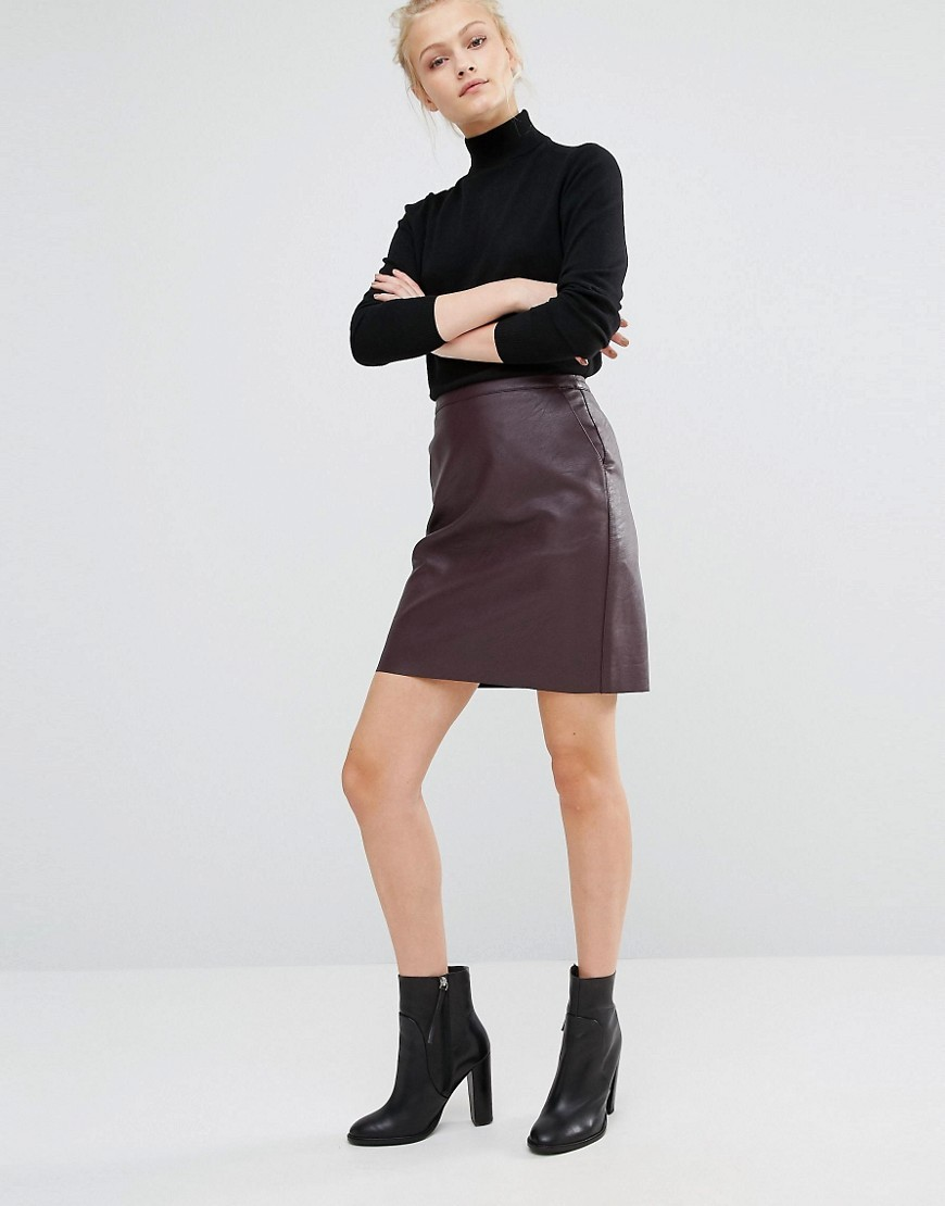 Leather Look Skirt Burgundy - length: mid thigh; pattern: plain; fit: loose/voluminous; waist: high rise; predominant colour: burgundy; occasions: evening, creative work; style: a-line; fibres: polyester/polyamide - 100%; texture group: leather; pattern type: fabric; season: a/w 2016