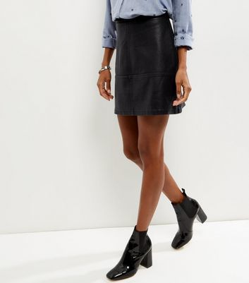 Black Leather Look Mini Skirt - length: mini; pattern: plain; style: pencil; fit: tailored/fitted; waist: high rise; predominant colour: black; occasions: casual, creative work; fibres: polyester/polyamide - 100%; texture group: leather; pattern type: fabric; season: a/w 2016