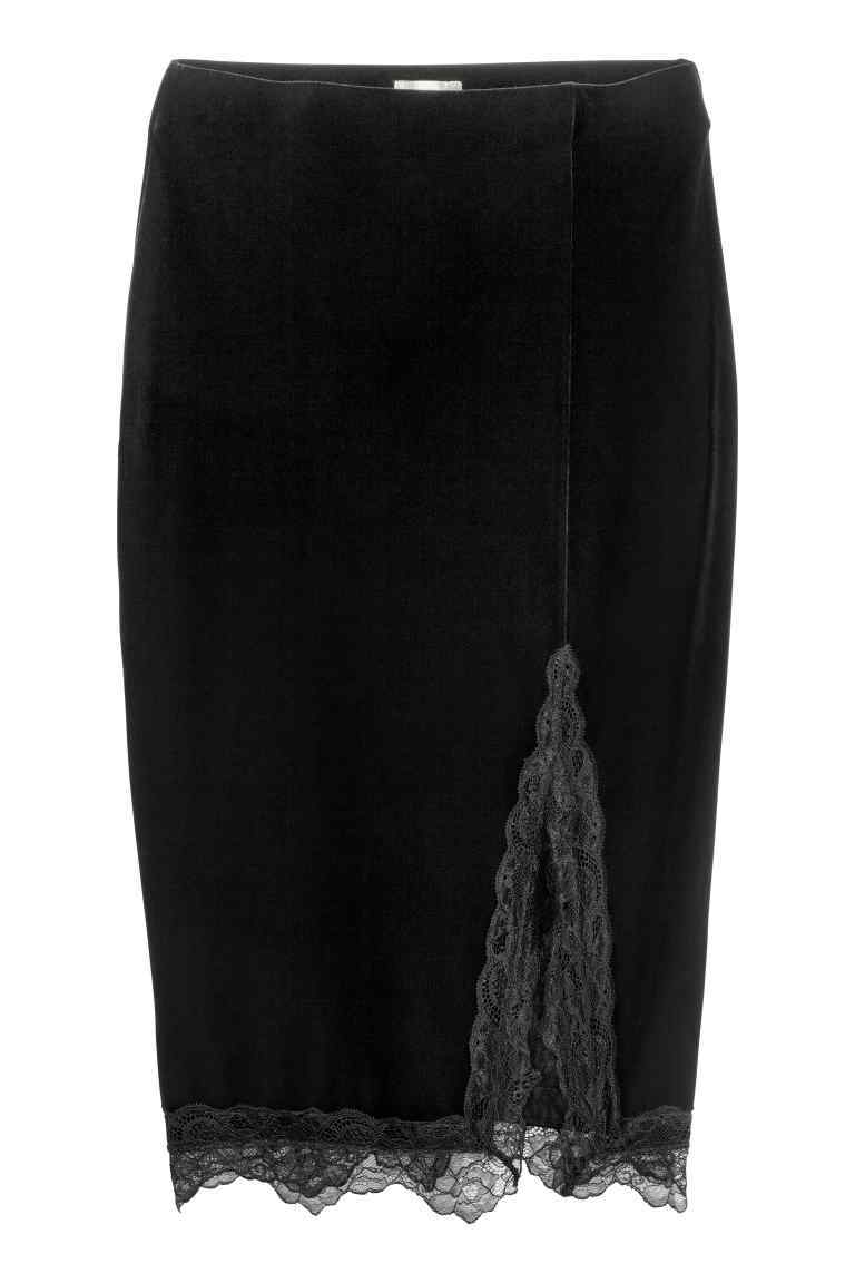 Skirt In Velour And Lace - pattern: plain; style: pencil; fit: tailored/fitted; waist: high rise; hip detail: draws attention to hips; predominant colour: black; occasions: evening; length: on the knee; fibres: polyester/polyamide - 100%; pattern type: fabric; texture group: velvet/fabrics with pile; embellishment: lace; season: a/w 2016; wardrobe: event; trends: velvet; embellishment location: hem