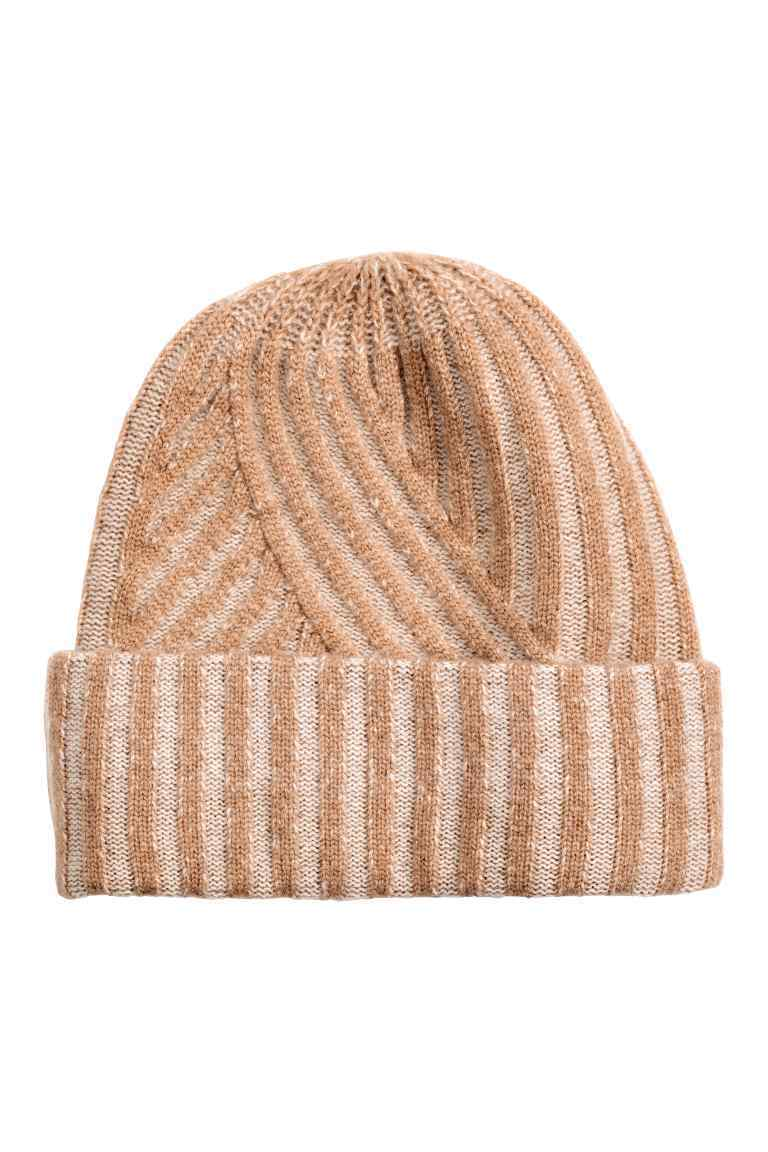 Cashmere Hat - predominant colour: camel; occasions: casual; type of pattern: standard; style: beanie; size: standard; material: knits; pattern: plain; wardrobe: basic; season: a/w 2016