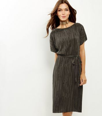 Khaki Pleated Tie Waist Midi Dress - style: shift; length: calf length; pattern: plain; waist detail: belted waist/tie at waist/drawstring; predominant colour: khaki; occasions: evening; fit: straight cut; fibres: polyester/polyamide - 100%; neckline: crew; sleeve length: short sleeve; sleeve style: standard; texture group: silky - light; pattern type: fabric; season: a/w 2016; wardrobe: event