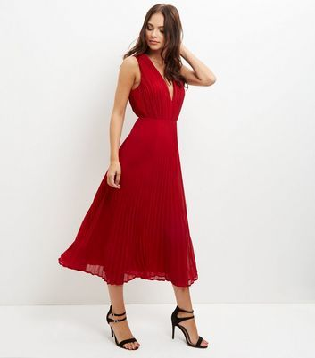 Red Pleated V Neck Midi Dress - length: calf length; neckline: v-neck; pattern: plain; sleeve style: sleeveless; predominant colour: true red; occasions: evening; fit: fitted at waist & bust; style: fit & flare; fibres: polyester/polyamide - 100%; sleeve length: sleeveless; texture group: sheer fabrics/chiffon/organza etc.; pattern type: fabric; season: a/w 2016; wardrobe: event