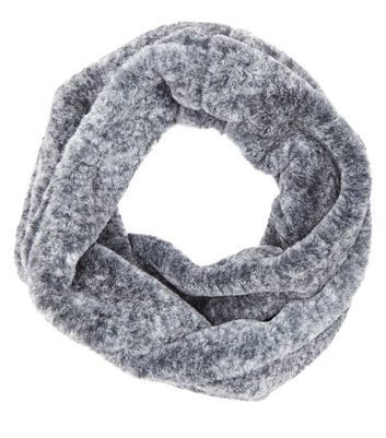 Pale Grey Faux Fur Snood - predominant colour: light grey; occasions: casual, creative work; type of pattern: standard; style: snood; size: standard; material: faux fur; pattern: plain; wardrobe: basic; season: a/w 2016