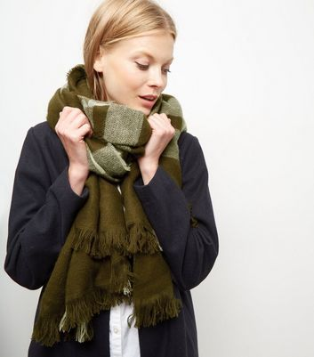 Khaki Check Scarf - secondary colour: ivory/cream; predominant colour: khaki; occasions: casual, creative work; type of pattern: standard; style: regular; size: large; material: knits; embellishment: fringing; pattern: striped; season: a/w 2016; wardrobe: highlight