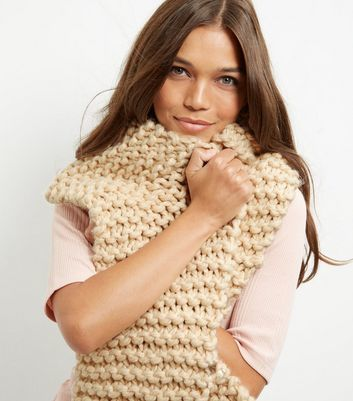 Cream Chunky Knitted Scarf - predominant colour: camel; occasions: casual, creative work; type of pattern: standard; style: regular; size: large; material: knits; pattern: plain; wardrobe: basic; season: a/w 2016
