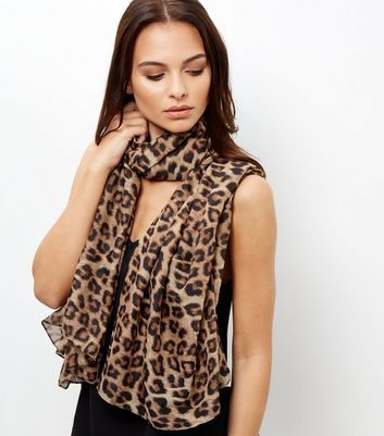 Brown Leopard Print Longline Scarf - secondary colour: chocolate brown; predominant colour: camel; occasions: casual, creative work; type of pattern: standard; style: regular; size: standard; material: fabric; pattern: animal print; season: a/w 2016; wardrobe: highlight; trends: opulent prints