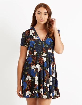 Curve Printed Tea Dress - style: tea dress; length: mid thigh; neckline: v-neck; waist detail: belted waist/tie at waist/drawstring; secondary colour: white; predominant colour: navy; occasions: casual; fit: body skimming; fibres: polyester/polyamide - 100%; sleeve length: short sleeve; sleeve style: standard; pattern type: fabric; pattern: florals; texture group: jersey - stretchy/drapey; multicoloured: multicoloured; season: a/w 2016