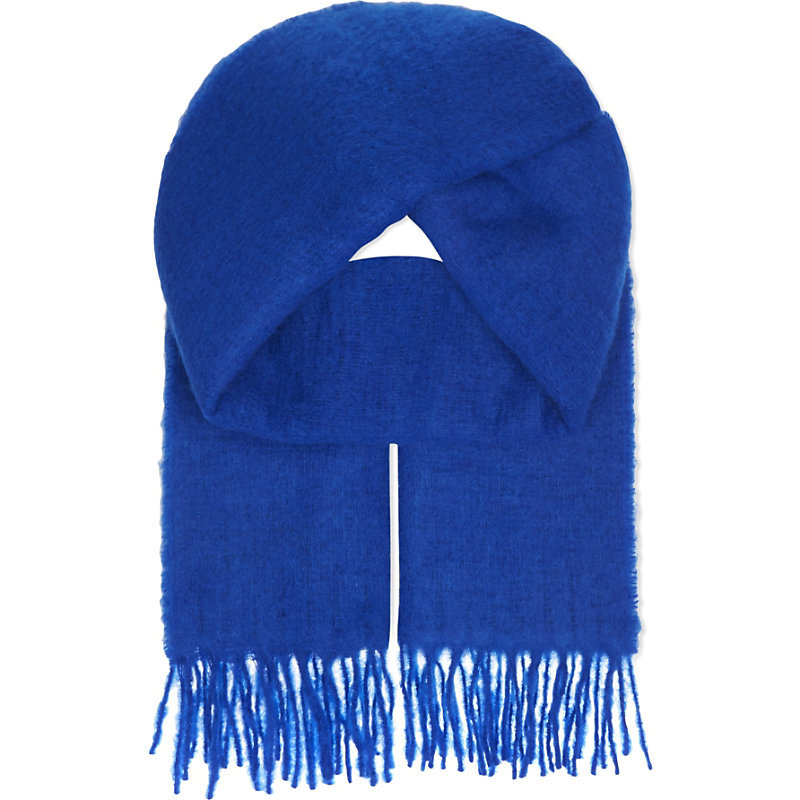 Emilia Wool Blend Scarf, Women's, Bleu - predominant colour: royal blue; occasions: casual, creative work; type of pattern: standard; style: regular; size: standard; material: knits; embellishment: fringing; pattern: plain; season: a/w 2016; wardrobe: highlight