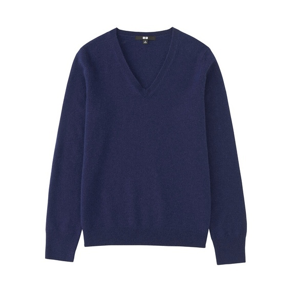 Women 100% Cashmere V Neck Sweater Blue - neckline: v-neck; pattern: plain; style: standard; predominant colour: royal blue; occasions: casual, work, creative work; length: standard; fit: standard fit; fibres: cashmere - 100%; sleeve length: long sleeve; sleeve style: standard; texture group: knits/crochet; pattern type: knitted - fine stitch; season: a/w 2016