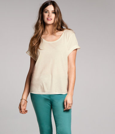 + Top - pattern: plain; style: t-shirt; predominant colour: white; occasions: casual; length: standard; neckline: scoop; fibres: cotton - mix; fit: loose; sleeve length: short sleeve; sleeve style: standard; texture group: jersey - clingy; pattern type: fabric; pattern size: standard; season: a/w 2012
