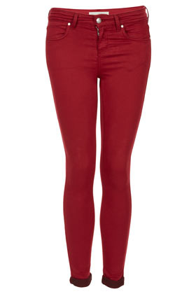 "Moto Skinny Leigh Jean 28"" - style: skinny leg; length: standard; pattern: plain; pocket detail: traditional 5 pocket; waist: mid/regular rise; predominant colour: true red; occasions: casual; fibres: cotton - stretch; jeans & bottoms detail: turn ups; texture group: denim; pattern type: fabric; season: a/w 2012"