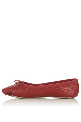 Mitzi True Ballerinas - predominant colour: burgundy; occasions: casual; material: faux leather; heel height: flat; toe: round toe; style: ballerinas / pumps; finish: plain; pattern: plain; embellishment: bow; season: a/w 2012