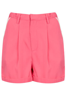 Contrast Heart Pocket Shorts - pattern: plain; pocket detail: large back pockets, small back pockets, pockets at the sides; waist: high rise; predominant colour: pink; occasions: casual, evening, holiday; fibres: polyester/polyamide - 100%; texture group: crepes; pattern type: fabric; season: s/s 2013; pattern size: standard (bottom); style: shorts; length: short shorts; fit: standard; wardrobe: highlight