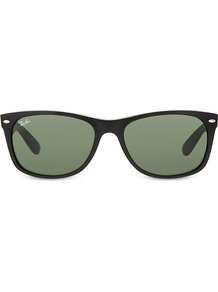 Rb2132 New Wayfarer Sunglasses, Women's, Black - predominant colour: black; occasions: casual, holiday; style: d frame; size: standard; material: plastic/rubber; pattern: plain; finish: plain; season: s/s 2016; wardrobe: basic