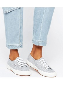2750 Cotu Trainer 903 White/Blue - secondary colour: white; predominant colour: light grey; occasions: casual; material: fabric; heel height: flat; toe: round toe; style: trainers; finish: plain; pattern: plain; multicoloured: multicoloured; season: a/w 2016