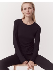 Short Layering Tee Black - pattern: plain; style: t-shirt; predominant colour: black; occasions: casual; length: standard; fibres: cotton - 100%; fit: body skimming; neckline: crew; sleeve length: long sleeve; sleeve style: standard; pattern type: fabric; texture group: jersey - stretchy/drapey; wardrobe: basic; season: a/w 2016