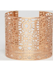 Cut Out Detail Chunky Cuff Bracelet Rose Gold - predominant colour: gold; occasions: evening, occasion, creative work; style: cuff; size: large/oversized; material: chain/metal; finish: metallic; season: a/w 2016; wardrobe: highlight