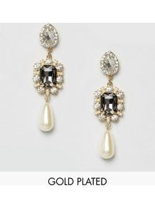 Pearl Drop Statement Earrings Pearl/Crystal - predominant colour: ivory/cream; secondary colour: gold; occasions: evening, occasion; style: drop; length: long; size: standard; material: chain/metal; fastening: pierced; finish: metallic; embellishment: pearls; wardrobe: event; season: s/s 2017
