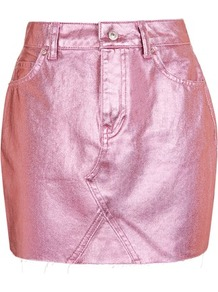 Moto Pink Metallic Skirt - length: mini; pattern: plain; fit: tailored/fitted; waist: high rise; predominant colour: pink; occasions: evening; style: mini skirt; fibres: cotton - 100%; texture group: waxed cotton; pattern type: fabric; wardrobe: event; season: s/s 2017; trends: festival