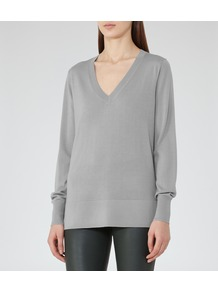 Laguna Womens V Neck Jumper In Grey - neckline: low v-neck; pattern: plain; length: below the bottom; style: standard; predominant colour: light grey; occasions: casual; fibres: wool - 100%; fit: standard fit; sleeve length: long sleeve; sleeve style: standard; texture group: knits/crochet; pattern type: knitted - fine stitch; wardrobe: basic; season: s/s 2017