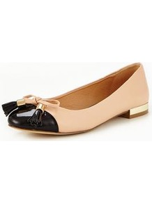 Meena Ballerina - predominant colour: nude; secondary colour: black; occasions: casual, work, creative work; material: faux leather; heel height: flat; embellishment: tassels; toe: round toe; style: ballerinas / pumps; finish: plain; pattern: colourblock; multicoloured: multicoloured; wardrobe: highlight; season: s/s 2017